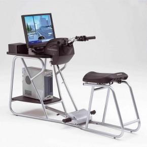 'Motoescuela' imparte las primeras lecciones con los simuladores Honda Riding Trainer